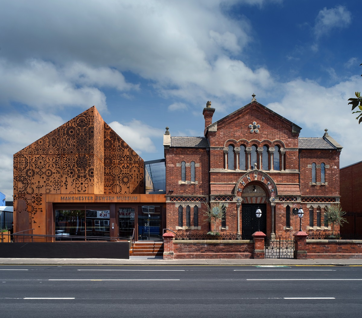 Manchester Jewish Museum exterior, Philip Vile, June 2021
