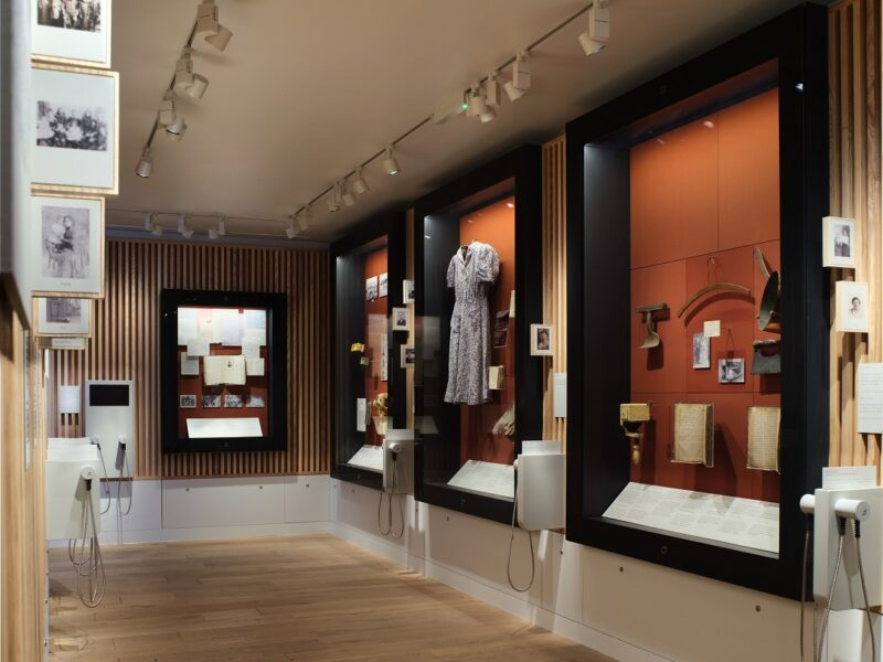 MJM Journeys Gallery, Philip Vile 2021